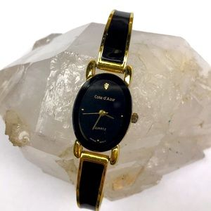 Vtg black gold enamel bracelet watch quartz Japan
